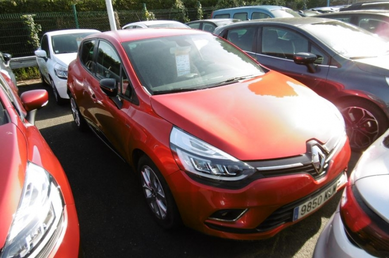 Renault CLIO IV 1.5 DCI 90CH ENERGY LIMITED 5P EURO6C Diesel ROUGE Occasion à vendre