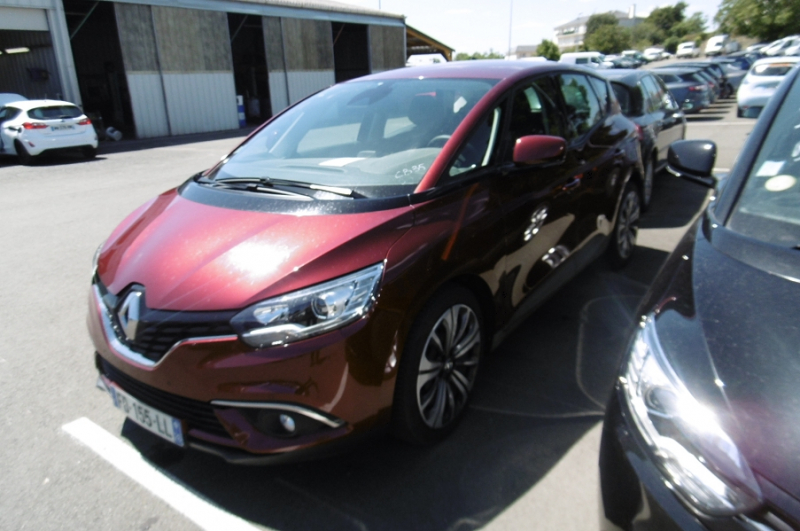 Renault SCENIC IV 1.7 BLUE DCI 120CH LIFE Diesel ROUGE Occasion à vendre