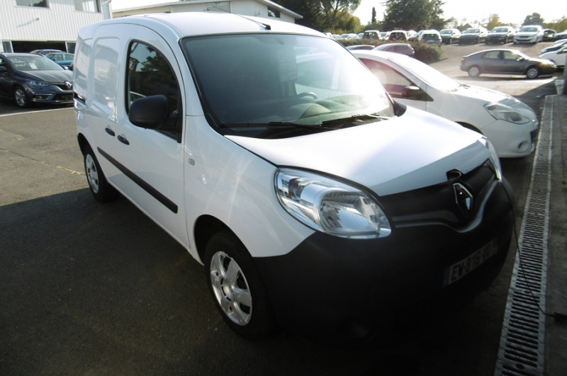 Renault KANGOO II EXPRESS 1.5 DCI 75CH EXTRA R-LINK Diesel BLANC Occasion à vendre
